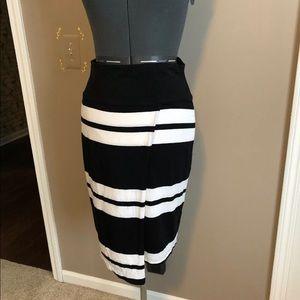 Athleta Skirt Black/White Size Small
